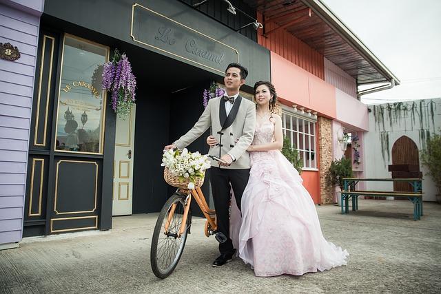 manželé na kole